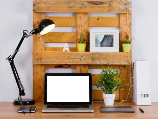 Multifunctional DIY hanging desk