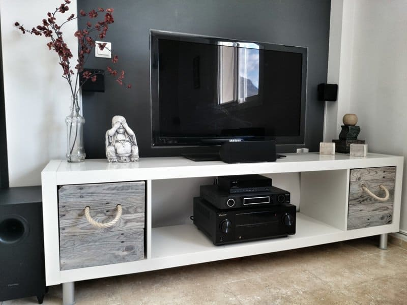 TV Stand Ideas with Wooden Pallets
